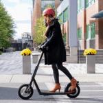 見た目にもちゃちい今の電動スクーターに代わって頑丈、安全、そして自己メンテできるSuperpedestrianのCopenhagen Wheel